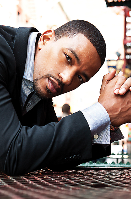 Laz Alonso 2013 laz alonso: acting on principle : las vegas black ...